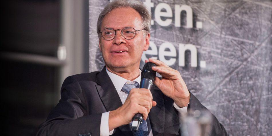 "MMC interviews Rainer Münz<br>""Dig the data"""
